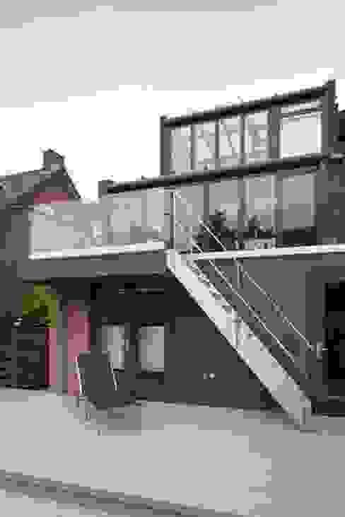 Work from home - hubs, extensions and conversions Moderne studeerkamer van Studio FLORIS Modern