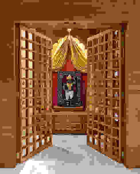 Pooja Room ACE Associates Modern corridor, hallway & stairs Wood Brown