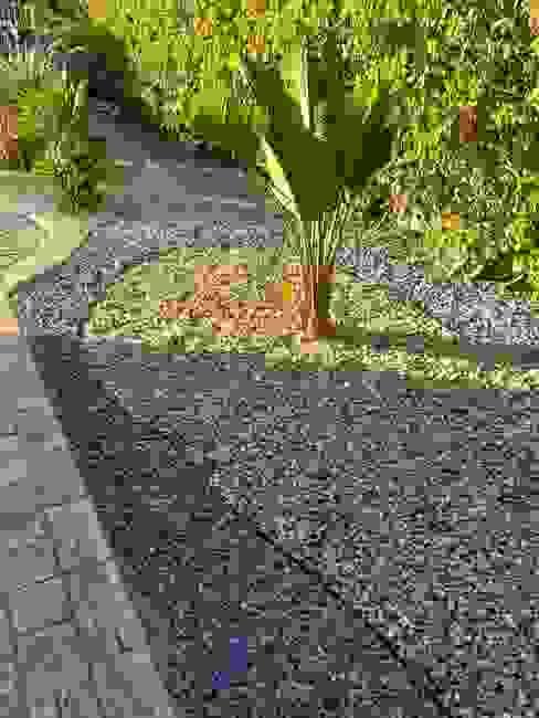 Decoração do jardim com pedras (diversas) VIKTOR - construções & reparações Jardins de pedras