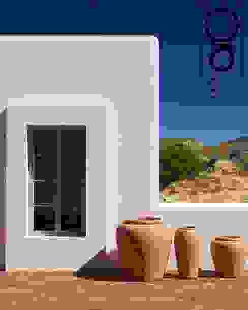 EGALO Arquitectura Small houses Ceramic White