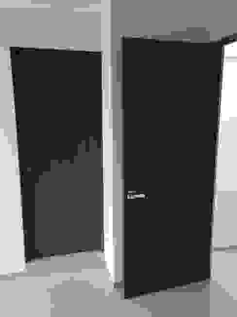 Carpintería Residencial en Casa Villa Magna 9 Interklozet- Closets, Cocinas, Baños y Puertas en San Luis Potosí Puertas modernas
