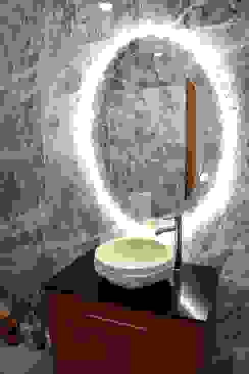Revestimento Interior em Mármore Estremoz Pele Tigre Manuel & Cardoso-Pedras Naturais e Compostos Casas de banho clássicas Mármore Multicolor