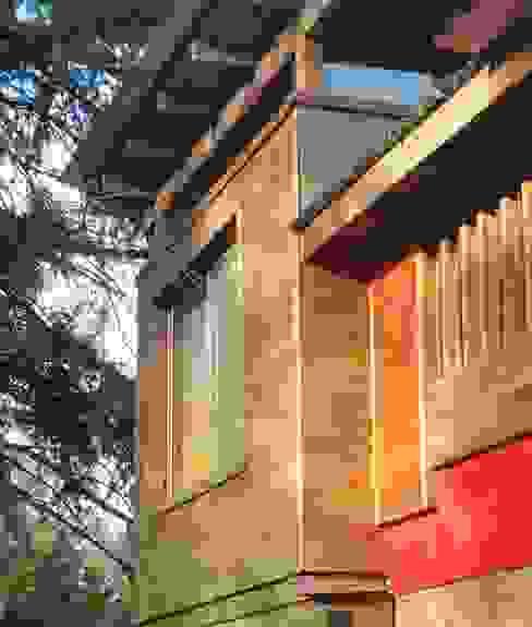 EXTERIOR HAIKKO ARQUITECTURA Casas de madera Madera
