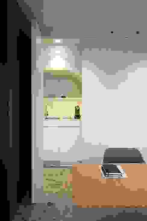 Cocina Oficinas y tiendas de estilo moderno de MANUEL GARCÍA ASOCIADOS Moderno