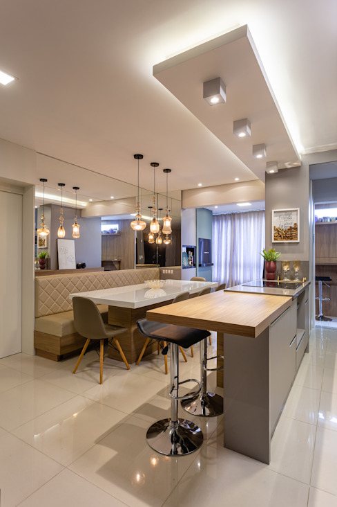 Sala de jantar e ilha Cozinha Larissa Minatti Interiores Salas de jantar modernas