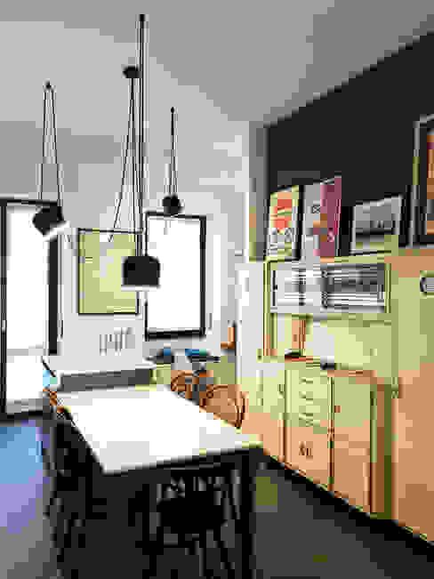 Isola cucina Studio Zay Architecture & Design Cucina eclettica Legno Blu