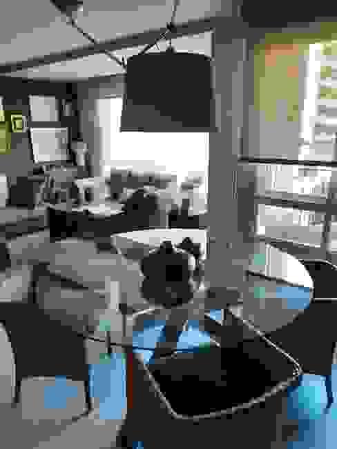 Sara Hueso Fibla Eclectic style living room Glass Transparent