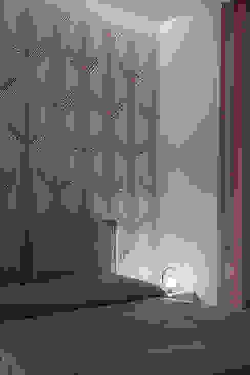 Camera da letto di manuarino architettura design comunicazione Minimalista Carta