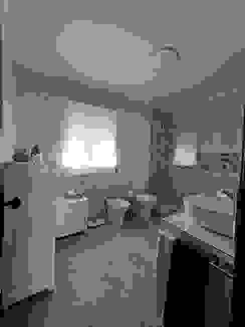 Instalação Sanitária Decor-in, Lda Casas de banho mediterrânicas Cerâmica Branco