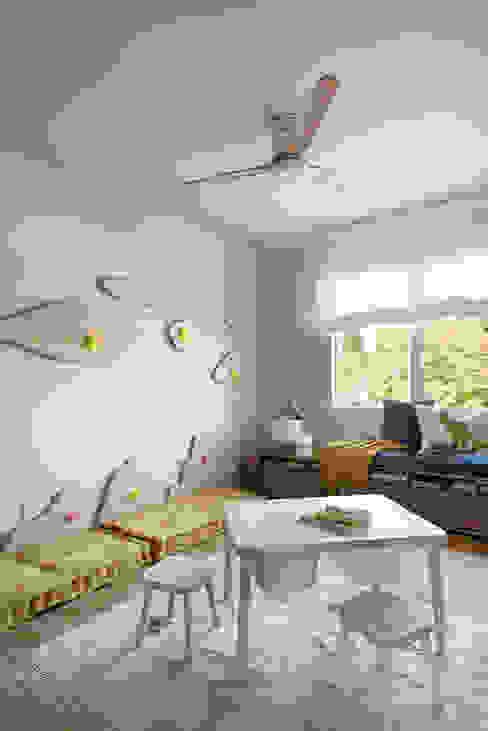Paisaje Interior Egue y Seta Dormitorios infantiles de estilo mediterráneo
