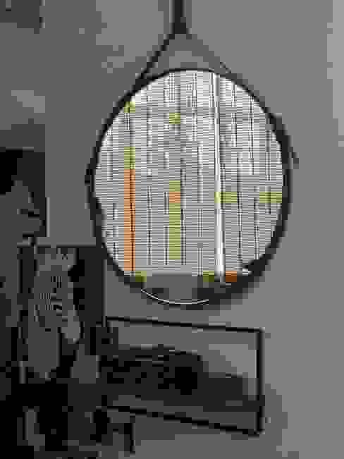 Limac Design Modern Corridor, Hallway and Staircase Glass