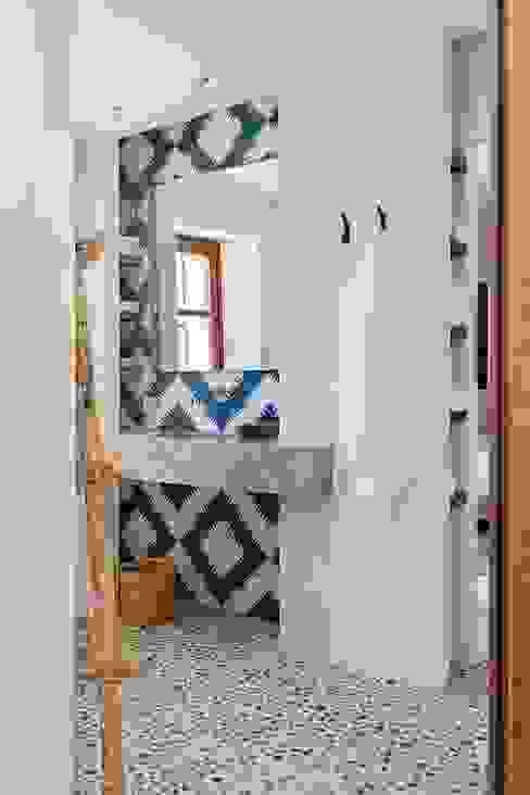 Bloomint design Phòng tắm phong cách Địa Trung Hải
