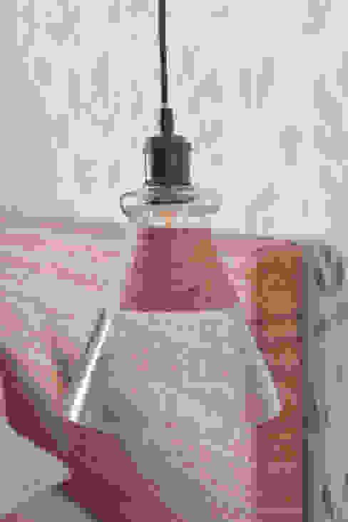 Lámparas Interiorismo Laura Mas Dormitorios de estilo mediterráneo