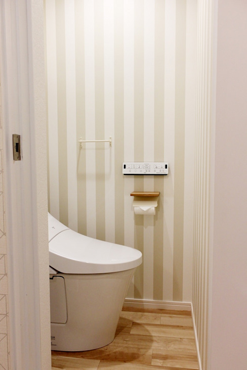 トイレ 株式会社ディック 北欧スタイルの お風呂・バスルーム ベージュ