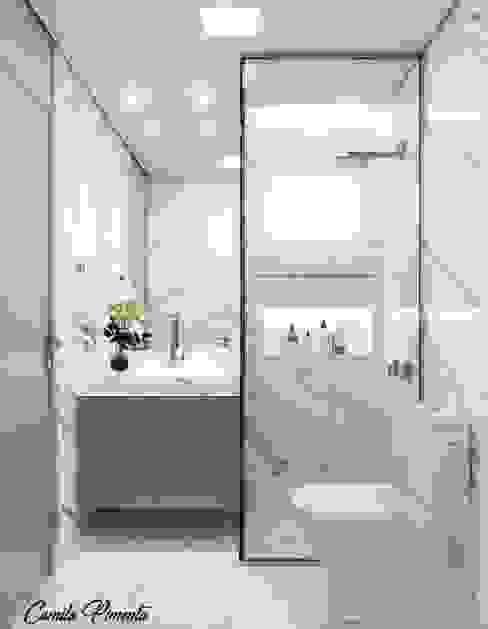 Banheiro Social Camila Pimenta | Arquitetura + Interiores Banheiros modernos Pedra Cinza
