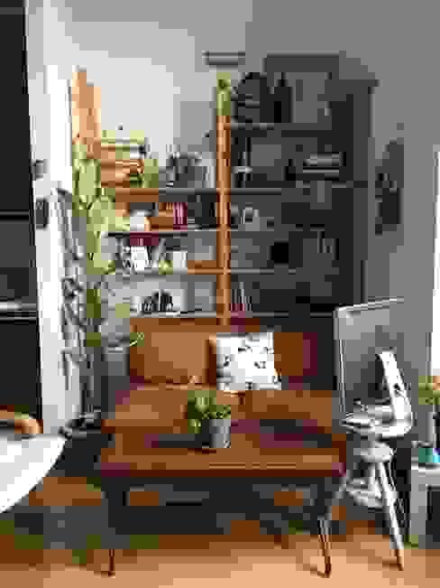 zona giorno con salotto, sala da pranzo e cucina a vista Filippo Zuliani Architetto Soggiorno moderno Legno Bianco