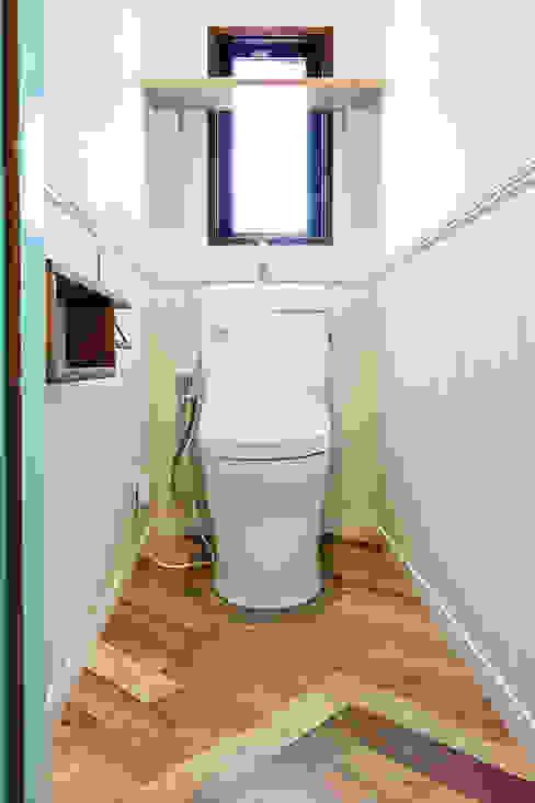 トイレ 株式会社ディック オリジナルスタイルの 寝室 木 木目調