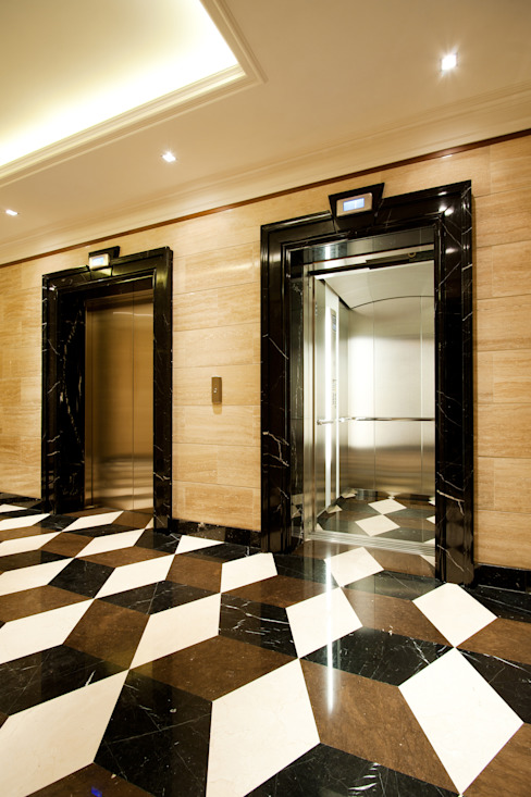 3D marble floor; Moscow office; Eclectic interior Tognini Bespoke Furniture Walls & flooringWall & floor coverings Marble Brown