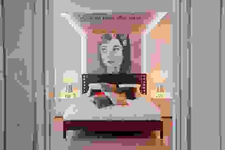 Camera da letto eclettica di KERN-DESIGN GmbH Innenarchitektur + Einrichtung Eclettico