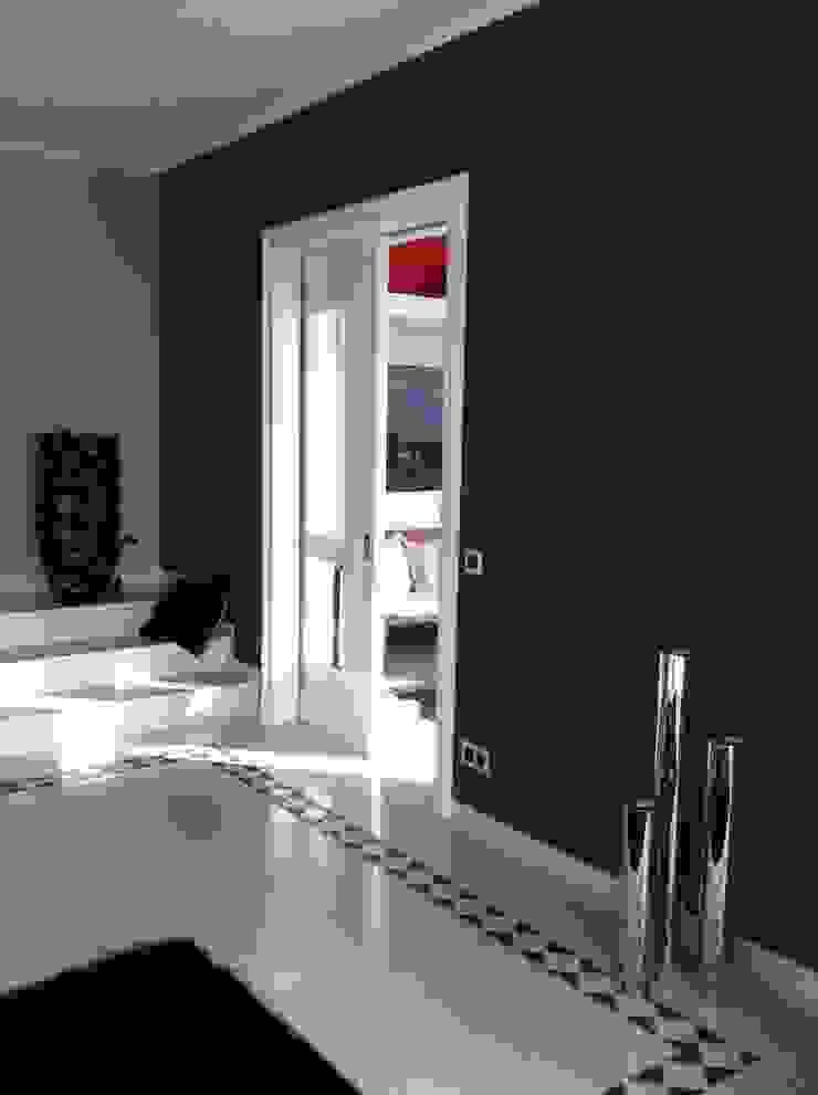 Private Villa Moderne Wohnzimmer von ESVITALE GmbH Modern