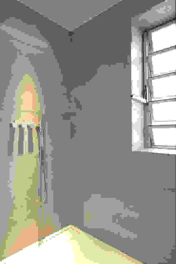 Designer Bad Bochum Moderne Badezimmer von Raumgespür Innenarchitektur Design Ilka Hilgemann Modern