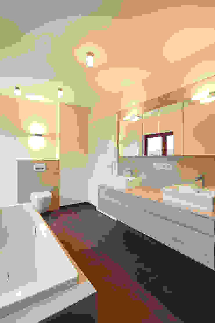 Renovierung Einfamilienhaus Dortmund Moderne Badezimmer von Raumgespür Innenarchitektur Design Ilka Hilgemann Modern