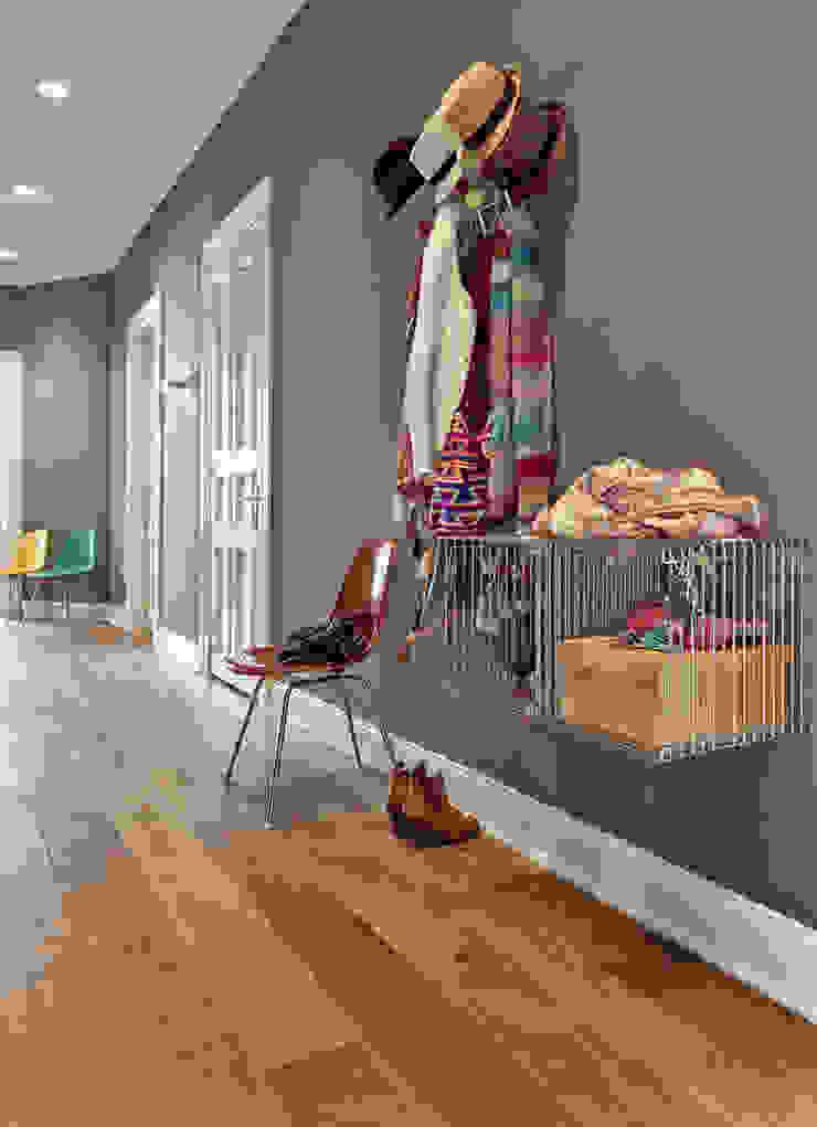 Koridor & Tangga Modern Oleh decorazioni Modern