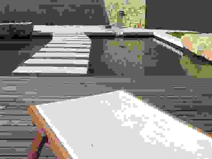 Бассейн в средиземноморском стиле от Planungsbüro STEFAN LAPORT Средиземноморский