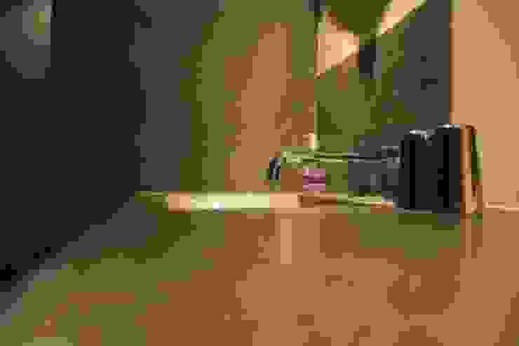 Möbel in Betonoptik von Fugenlose mineralische Böden und Wände Modern