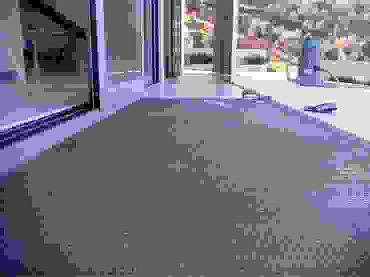 Spachtelböden im Außenbereich - Betonoptik Fugenlose mineralische Böden und Wände Wände & BodenWand- und Bodenbeläge