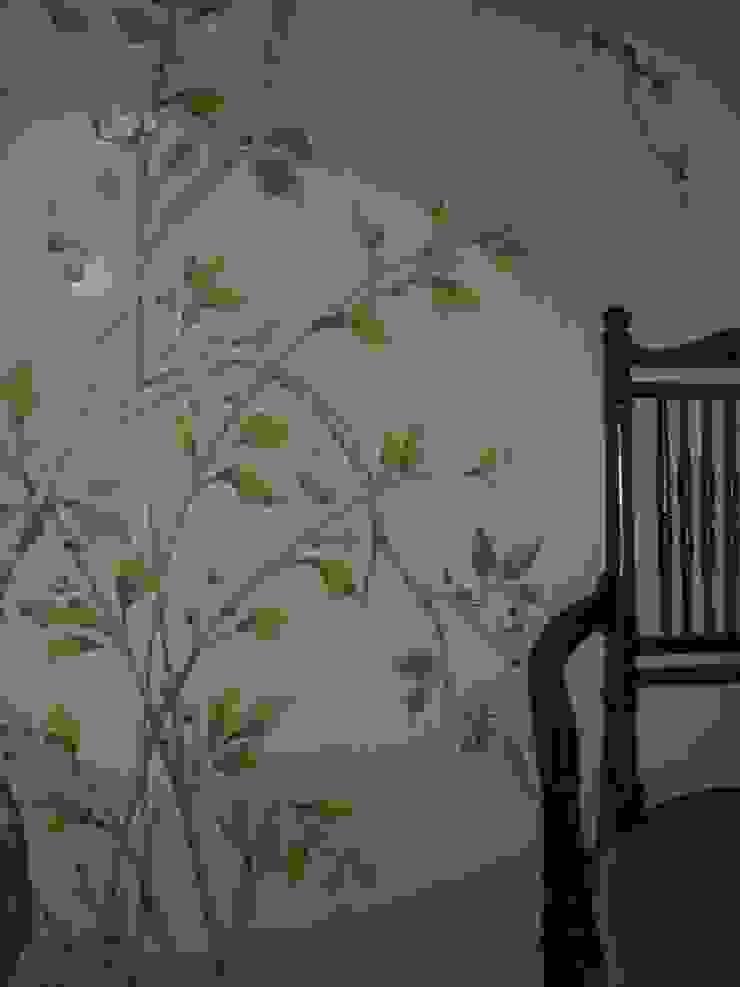 Englische Landvilla von Wandmalerei & Oberflächenveredelungen Asiatisch