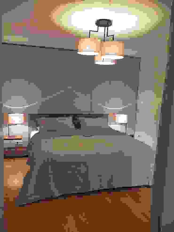 Modern style bedroom by berlin homestaging Modern