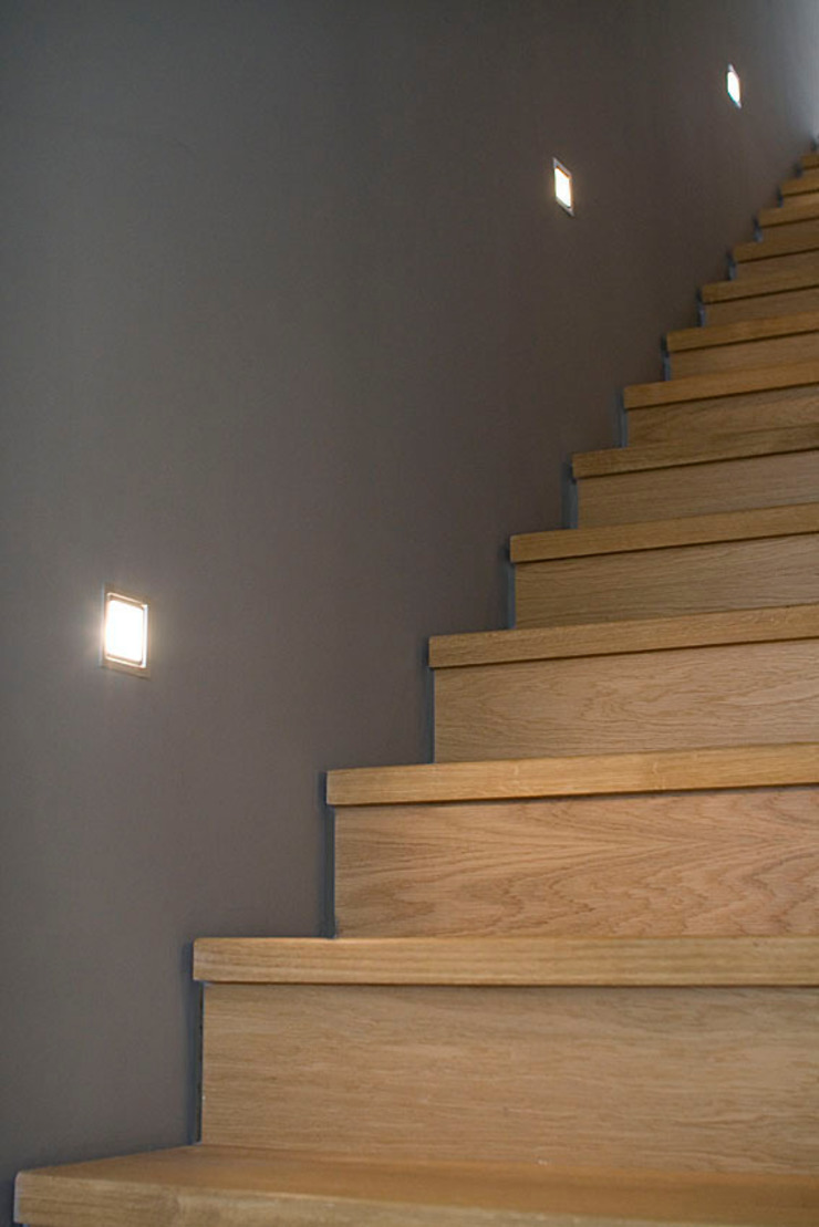 Modern Corridor, Hallway and Staircase by Design Modern
