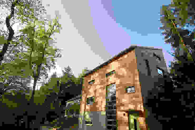 Haus K. Rustikale Häuser von Architekturbüro Riek Rustikal