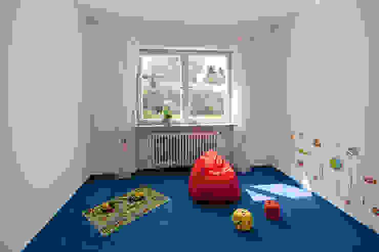 Bungalow aus den 60ern Klassische Kinderzimmer von IMMOstyling - DIE Homestaging Agentur Klassisch