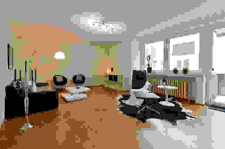 Eigentumswohnung Duisburg Moderne Wohnzimmer von raumessenz homestaging Modern