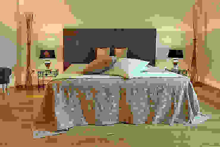 wohnhelden Home Staging Dormitorios de estilo clásico