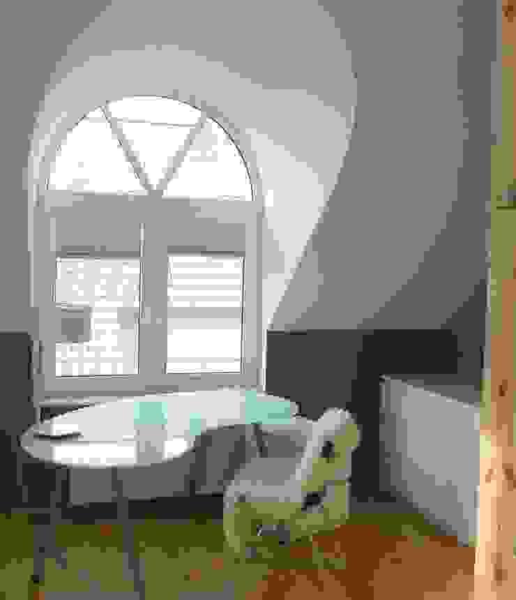 Dormitorios infantiles modernos: de Einrichtungsideen Moderno
