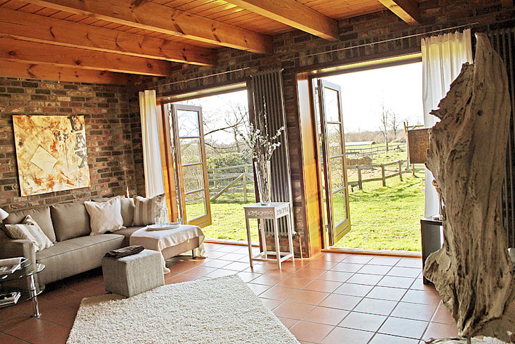 Salas / recibidores de estilo  por wohnhelden Home Staging, Rural