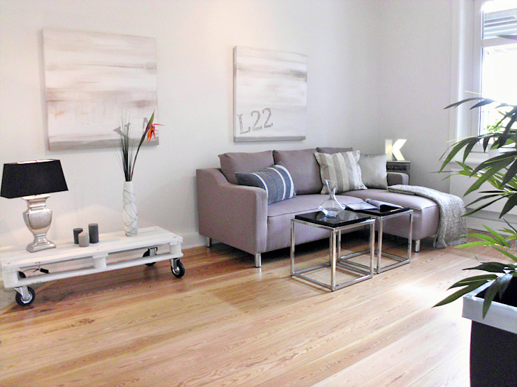 Altbauwohnung Verkaufs-Optimierung7 Moderne Wohnzimmer von wohnhelden Home Staging Modern