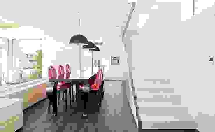 Wohnhaus W2 Esszimmer von [lu:p] Architektur GmbH