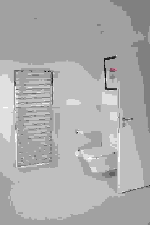 Dünenpalais Seebad Ahlbeck, No.15 Moderne Badezimmer von Innenarchitektur Berlin Modern
