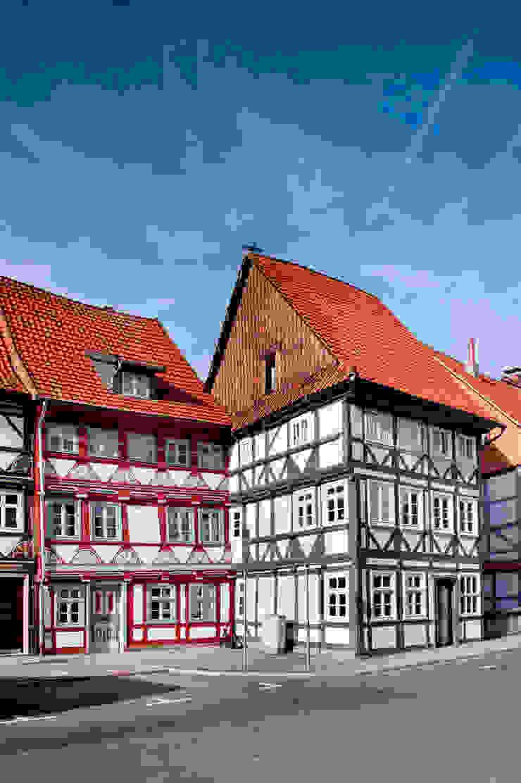 hochwertige Malerarbeiten Rustikale Häuser von Gebr.Lechte HWP GmbH Malerfachbetrieb Rustikal