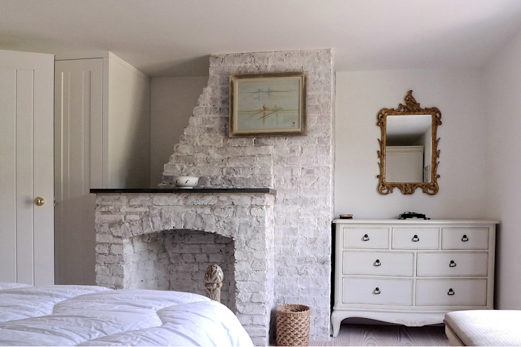 Vine Cottage Classic style bedroom by Phillips Tracey Architects Classic