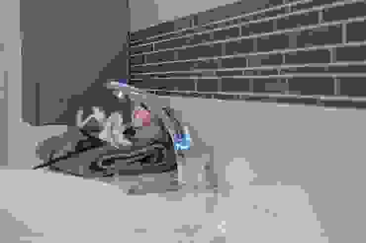 Robert Müller Fliesenleger BathroomSinks