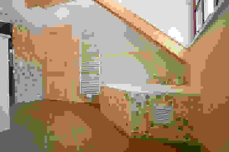 Mediterranean style bathrooms by Fliesen Hiersemann Mediterranean