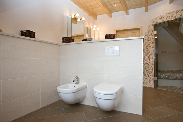 Eclectic style bathroom by Fliesen Hiersemann Eclectic