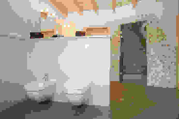 Luxus-Bad Mediterrane Badezimmer von Fliesen Hiersemann Mediterran