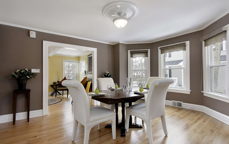 Dining room by Thomas & Co Interior Design GmbH