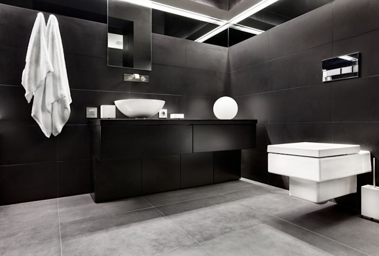 Bathroom by Thomas & Co Interior Design GmbH